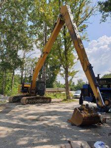 Excavator cu brat lung 18m